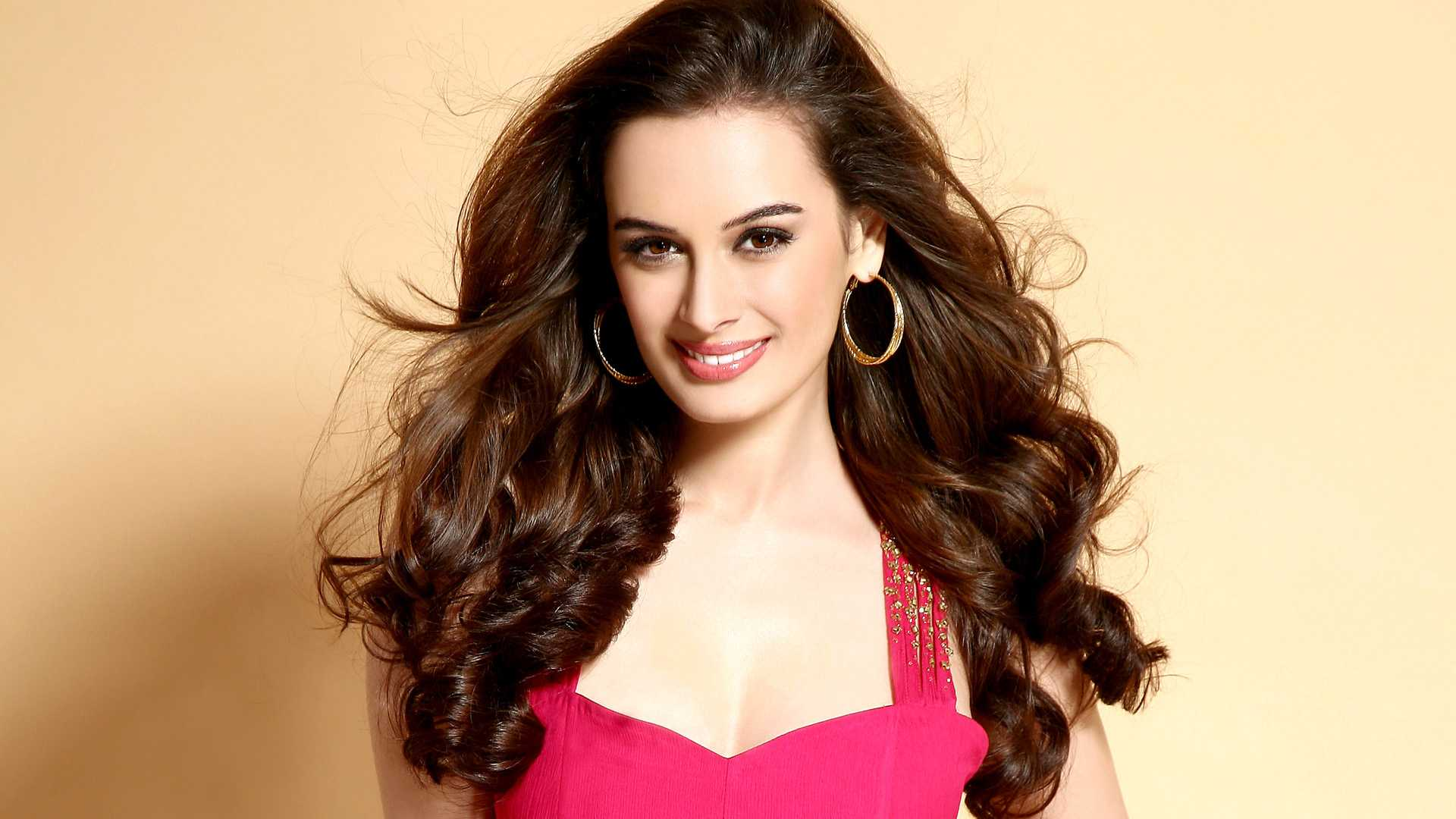 Evelyn Sharma 2015