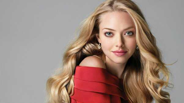 amanda seyfried, blonde, dress