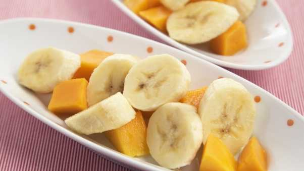 bananas, segments, salad