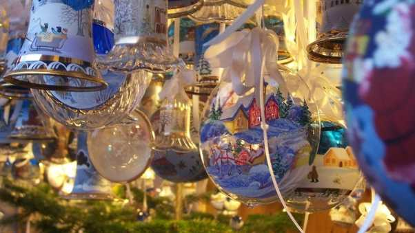 bells, christmas decorations, balloons