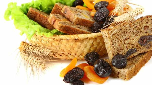 bread, dried fruit, dried apricots