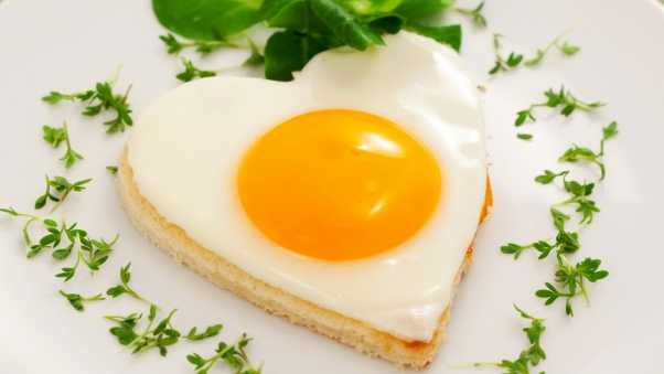 breakfast, fried eggs, heart