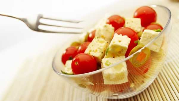 cheese, tomatoes, cherry