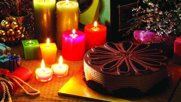 christmas candles, cake, presents