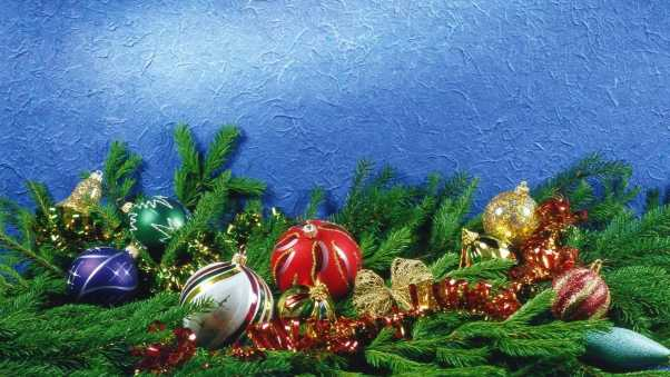 christmas decorations, pine needles, tinsel
