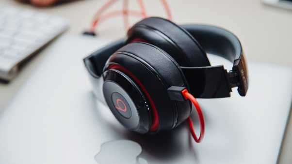 headphones, beats, logo