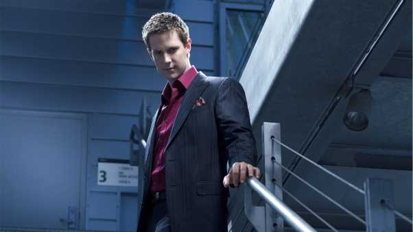 Recopilo y Medio Modifico XD Jason-dohring-actor-jacket-144941