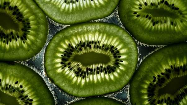 kiwi, slices, light