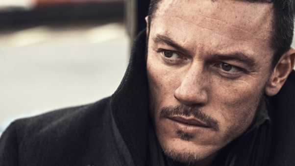 luke evans, actor, face