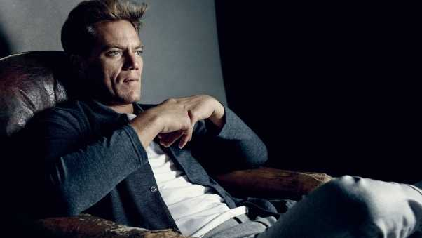 michael shannon, actor, armchair