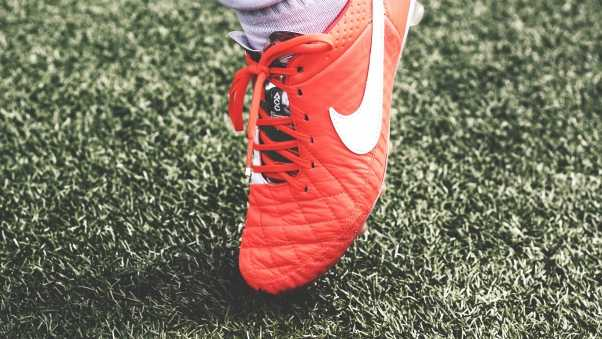 nike, football shoes, lawn