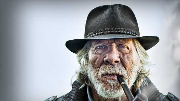 old man, portrait, pipe