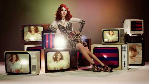 paloma faith, girl, tv sets