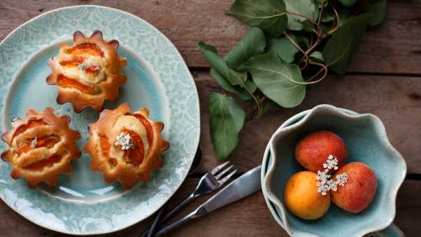 pastries, muffins, apricots
