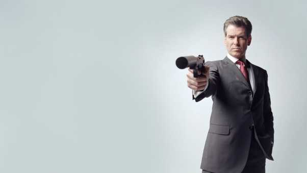 pierce brosnan,  gun, james bond