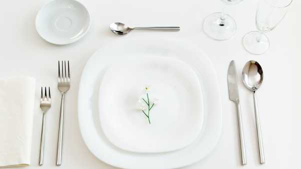plate, flower, spoon