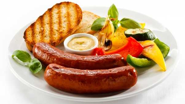 sausages, barbecue, bread