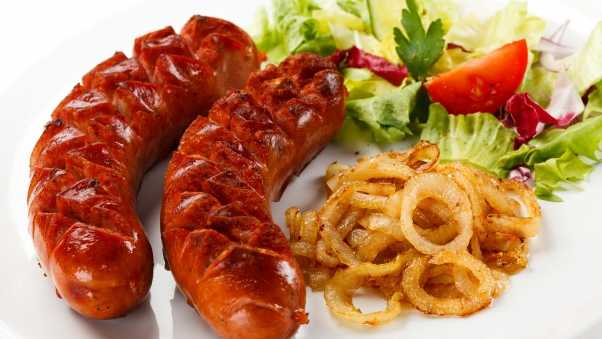 sausages, salad, onion
