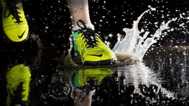 shoes, nike, splashing