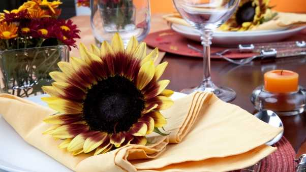 table setting, table, sunflowers