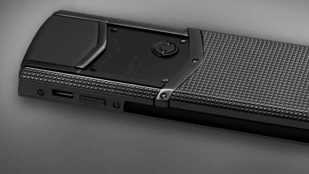 vertu signature, vertu signature s design, clous de paris