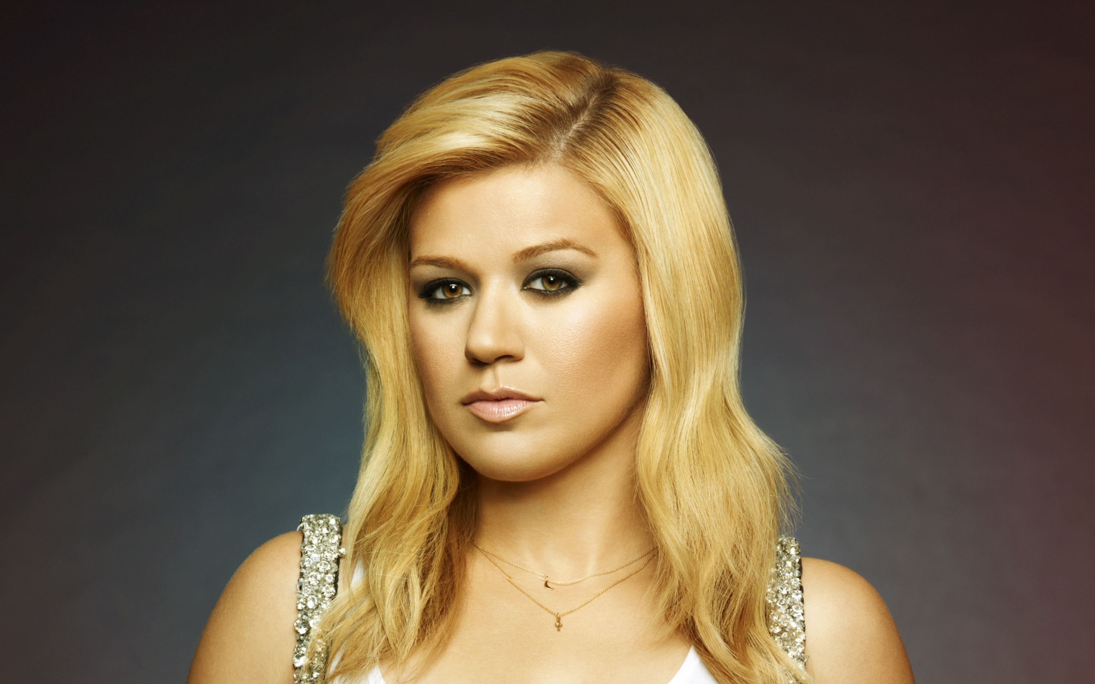 kelly clarkson, girl, celebrities